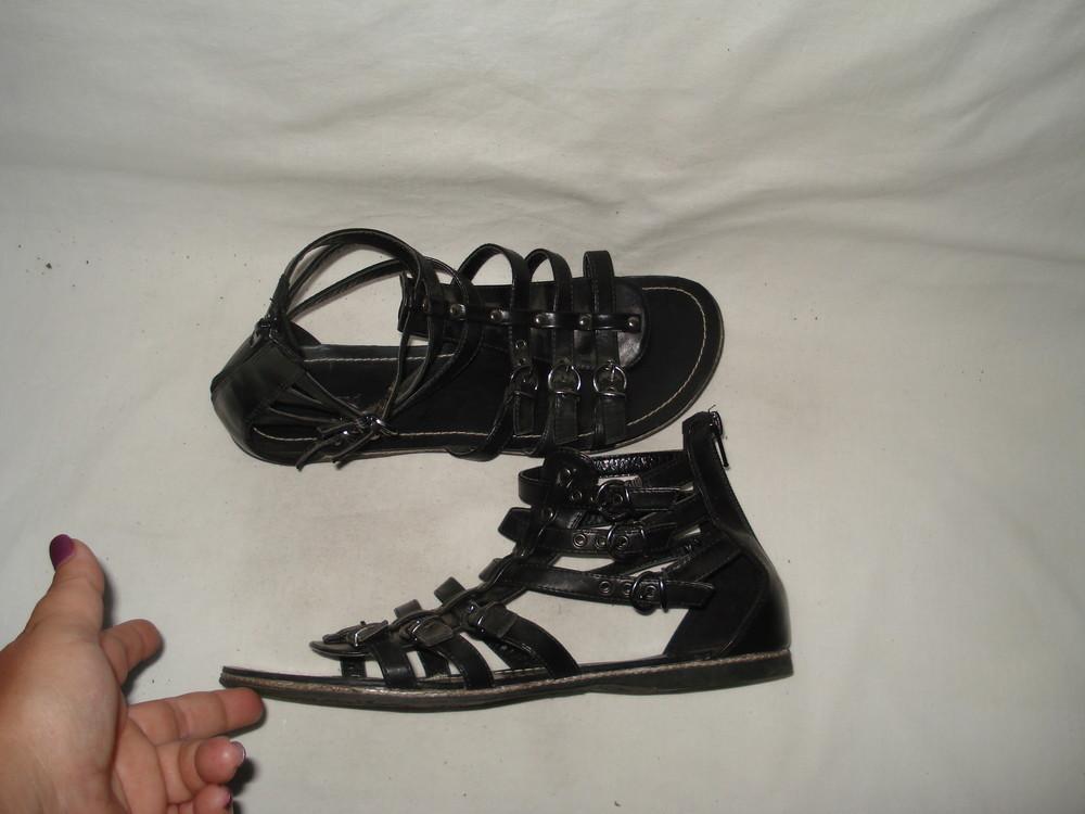 39-40 р. 25 см Германия шикарные фирменные кожаные босоножки гладиаторы Graceland фото №1