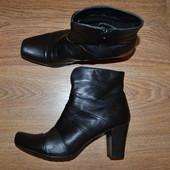 Р. 40 - 27 см. Janet D Германия. Женские полусапожки, сапожки, ботинки фирменные оригинал
