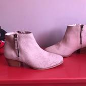 Ботинки із натуральної шкіри від Minelli,розмір 37