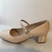 Clarks кожаные лаковые туфли. Размер 37, 37. 5, 38, 39