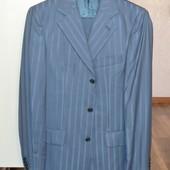 Строгий мужской костюм, М рост 170см