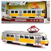 Игрушечный инерционный трамвай 9708 Tatra, свет, звук, открываются двери, в масштабе
