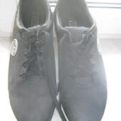 Стильні чорно-сірі  туфлі-мокасіни з  нубука,розмір 42- 43