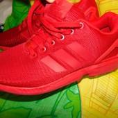 Фирменние оригинал фирменние спортивние кросовки Adidas.43 .