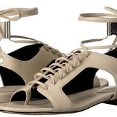 Бежевые босоножки Calvin Klein на шнуровке кожа размер 38
