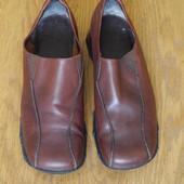 Туфлі шкіряні розмір 6 на 39 стелька 25,7 см Clarks