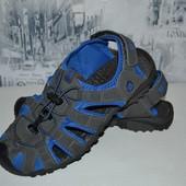 спортивные сандалии 26.5 см