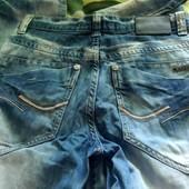 Мужские джинсы в отличном состоянии, 50 грн