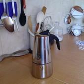 Отличная гейзерная кофеварка (6 чашек)
