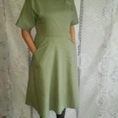 Платье модное,красивое,цвета оливки!