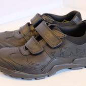 Clarks  чёрные кожаные школьные туфли с подсветкой 33, 33. 5, 34, 35