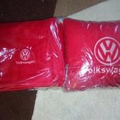 Подушка автомобільна і плед