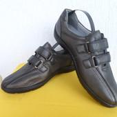Спортивние туфли, кроссовки, кожанние Medicus р. 38