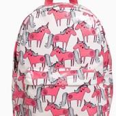 Яскравий рюкзак з єдинорогами NEXT для дівчаток під замовлення