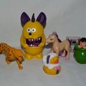 Разные игрушки мелочь для игры интересный мелочи для ваших деток