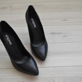 Брендовые кожаные туфли Attizzare Miraton