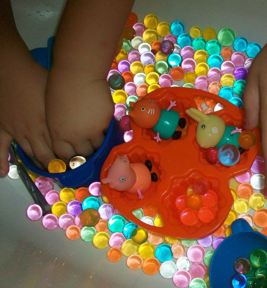 Гидрогель -орбиз - 1000 шариков растущих в воде для игр и декора растут до 1.5 см. фото №1