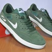 Кеды Nike 40-45р  зеленый цвет