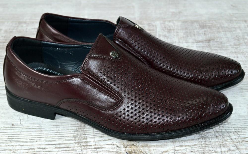 Мужские туфли с перфорацией фото №1