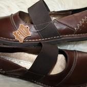 39 разм. Новые туфли Nothing Else. Кожа