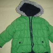 Фирменная деми куртка девочке на год полтора изумрудная