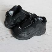 Кроссовки Nike размер 17