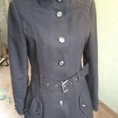 Демисезонное пальто фирмы Clockhouse