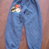Фирменные теплые спортивные штаны с начесом мальчику 3-4 лет