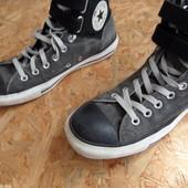 Ботинки Converse, оригинал 41-42 размер,длина стельки-27,5 см