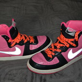 высокие кроссовки ботинки Nike оригинал 26 см стелька Англия 40 размер