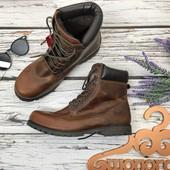 Мужские кожаные ботинки Red Tape на массивной подошве  SH3785