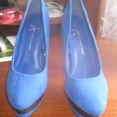 Туфлі аквамаринові на високому каблуку.розмір 40-41