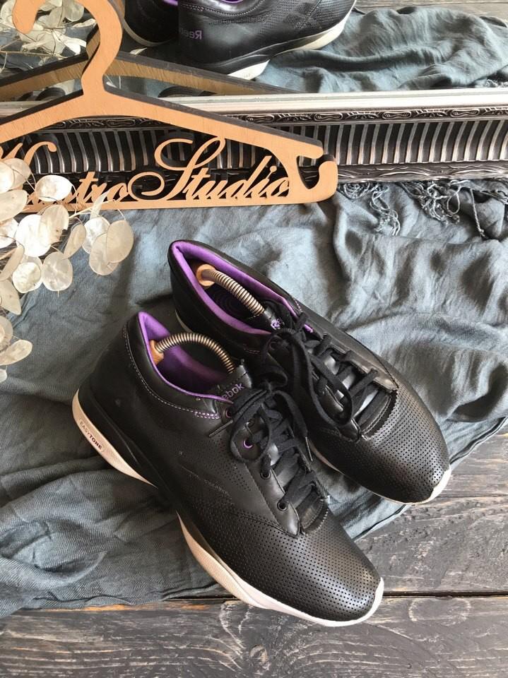 4d27fda9 Кожаные кроссовки reebok easytone для красивых ножек р-р 40,5, цена ...