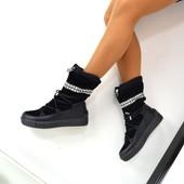 Зимние сапожки на шнуровке,