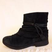 Натуральные замшевые ботинки фирмы Gabor p. 40 стелька 26 см