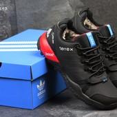 Зимние мужские кроссовки Adidas Terrex black/red
