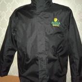 Мужская демисезонная куртка. Не промокает. Размер 52-54.