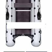 Лодка надувная моторная Kolibri КМ-450dsl камуфляж и фанерный пайол со стрингерами