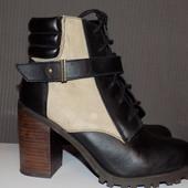 Кожаные фирменные стильные ботинки Noiz 39 р сост хорош