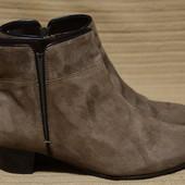 Легенькие кожаные полусапожки - челси мышиного цвета Ara Германия 38,5