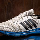 Кроссовки мужские  Adidas Revenergy boost размер 40 стелька 25,5 см состояние хорошее, есть потертос