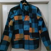 куртка демисезонная 46 разм.