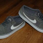 Кожаные кроссовки Nike 39 р оригинал Индонезия