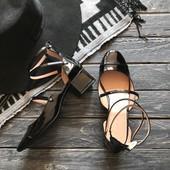 Новые лаковые туфли Zara р-р 39