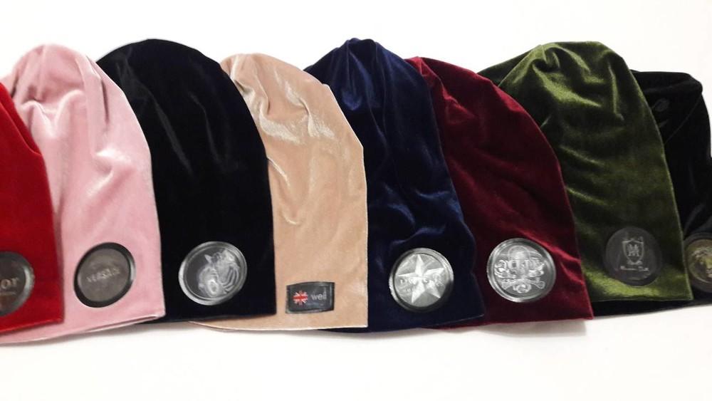 Стильные шапочки бархат и хомут бафик разные расцветки от производителя фото №1