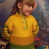 Детский вязаный свитер, ручная работа (образцы)