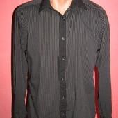 рубашка мужская р-р S-M сост новой Slim