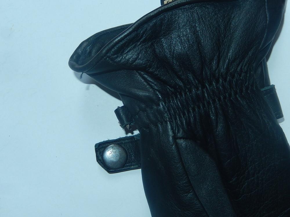 Кожаные спортивные перчатки р-р 6, подросток или маленькая взрослая рука,сток фото №9