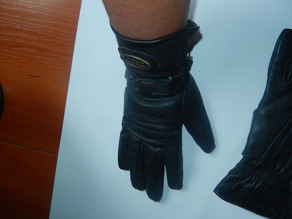 Кожаные спортивные перчатки р-р 6, подросток или маленькая взрослая рука,сток фото №7