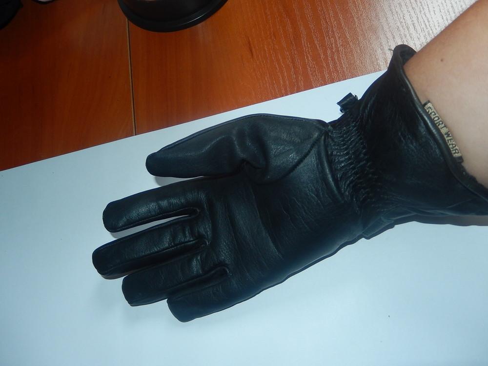 Кожаные спортивные перчатки р-р 6, подросток или маленькая взрослая рука,сток фото №8